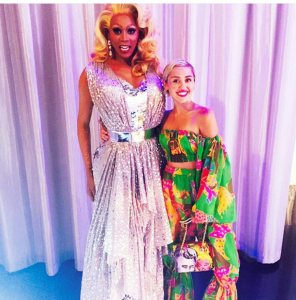 With goes to show you how tall RuPaul really is. Miley Cyrus is 5'4 Photo courtesy of @mileycyrus